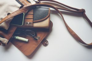 accessory-bag-eyeglasses-157888