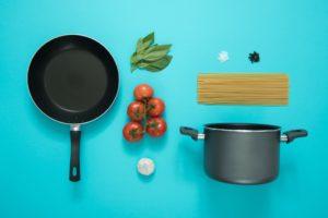 cookware-frying-pan-garlic-877226